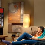 familia-viendo-tv-2